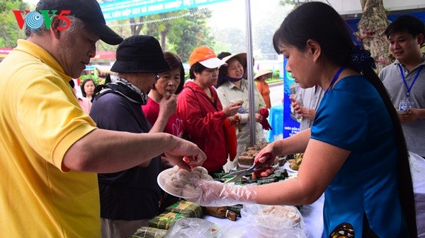 Pembukaan Pekan raya pertama hasil pertanian, kerajinan tangan industri kecil Vietnam - ảnh 10