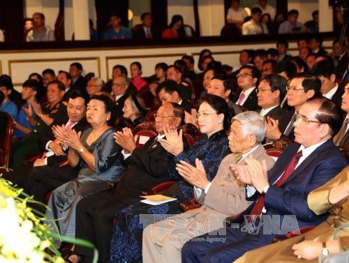 Peringatan khidmat ultah ke-50 Hari Penggalangan Hubungan Diplomatik Vietnam-Kamboja - ảnh 1
