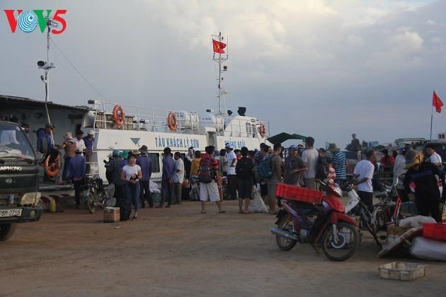 Kehidupan sehari hari di kabupaten pulau Ly Son - ảnh 2