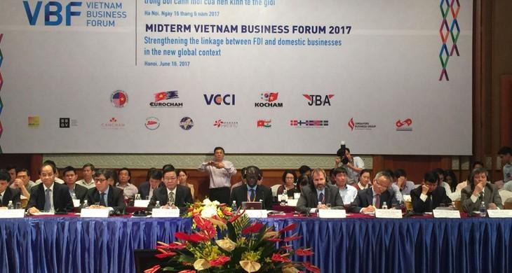 Vietnam berupaya membawa 80% prosedur administrasi ke portal elektronik dalam tahun 2018 - ảnh 1