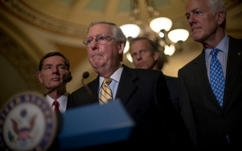 Senat AS tidak mengesahkan RUU yang mengganti Obamacare dalam pemungutan suara pertama - ảnh 1