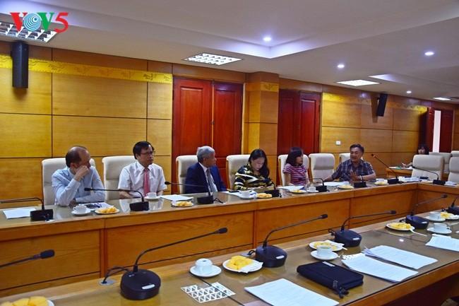 Konferensi evaluasi sementara sela masa bakti 2015-2020 VIFA angkatan III - ảnh 5