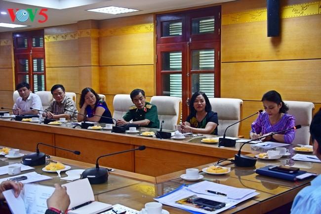 Konferensi evaluasi sementara sela masa bakti 2015-2020 VIFA angkatan III - ảnh 6