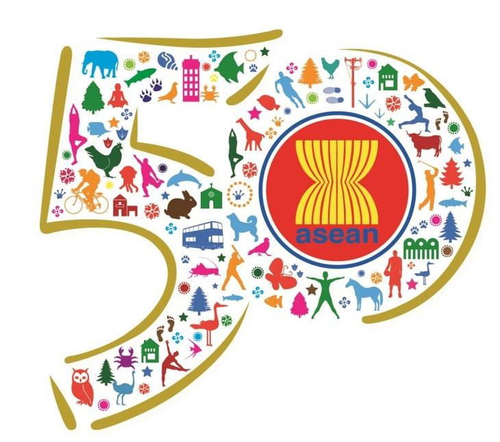 ASEAN-50 tahun musyawarah dan mufakat untuk berkembang - ảnh 1