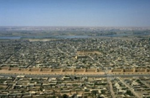 Tentara Suriah maju dekat kotamadya terakhir dari  IS di Raqqa - ảnh 1