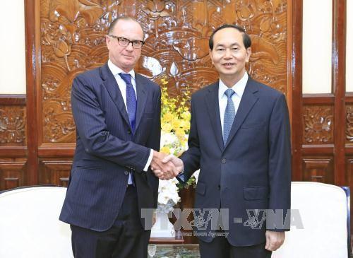 Presiden Vietnam, Tran Dai Quang menerima Dubes Slovakia dan Austria sehubungan dengan akhir masa baktinya di Vietnam - ảnh 1