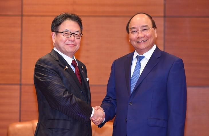Pemerintah Vietnam mendukung dan menciptakan semua syarat yang kondusif kepada para investor Jepang untuk melakukan bisnis di Vietnam - ảnh 1