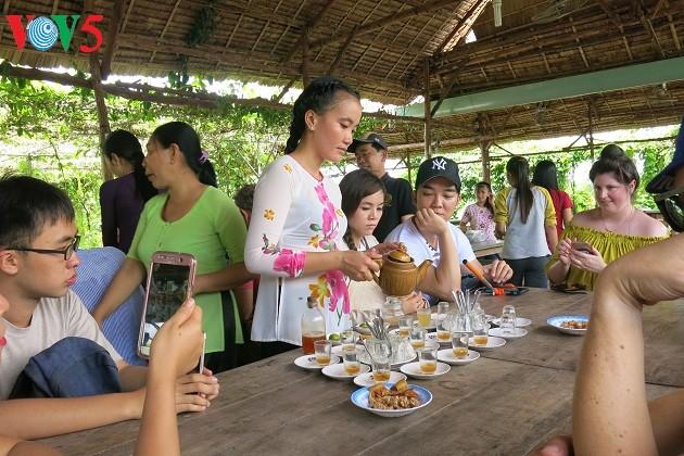Warga tanah gosong Thoi Son menyelenggarakan ekowisata - ảnh 2