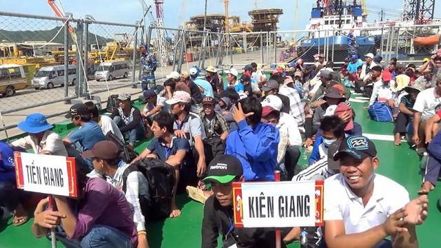 Ba Ria-Vung Tau: menerima 239 nelayan Vietnam yang diserahkan fihak Pemrintah Indonesia - ảnh 1