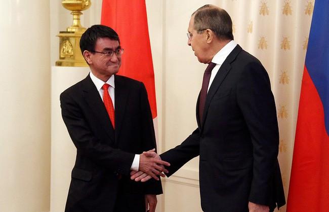 Rusia dan Jepang sepakat menangani krisis di semenanjung Korea menurut resolusi PBB - ảnh 1
