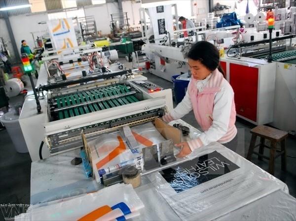 Standard Chartered прогнозирует рост ВВП Вьетнама на уровне 6,9% - ảnh 1