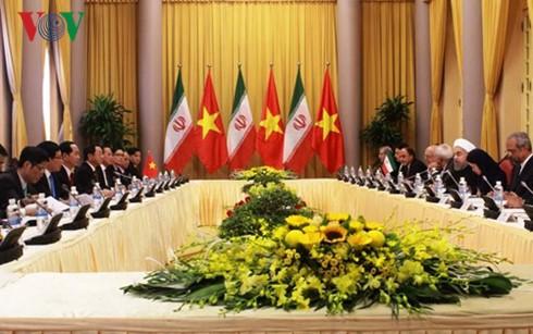Президент СРВ Чан Дай Куанг провел переговоры с иранским коллегой  - ảnh 2