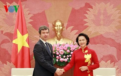 Нгуен Тхи Ким Нган приняла министра юстиции Италии Андреу Орландо - ảnh 1
