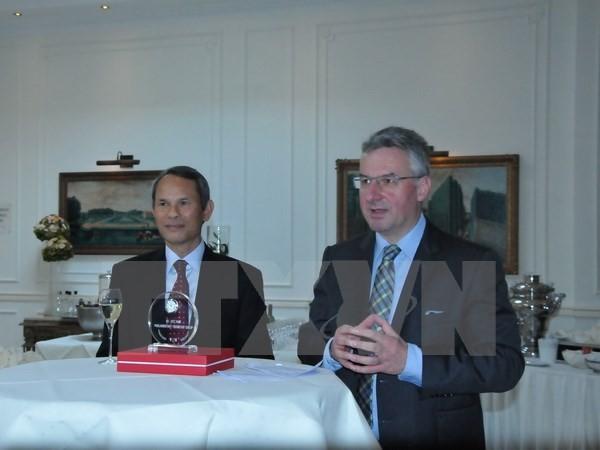 В Бельгии прошла встреча европейских парламентариев – друзей Вьетнама - ảnh 1