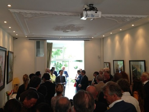 В Нидерландах состоялась выставка картин вьетнамских художников - ảnh 1