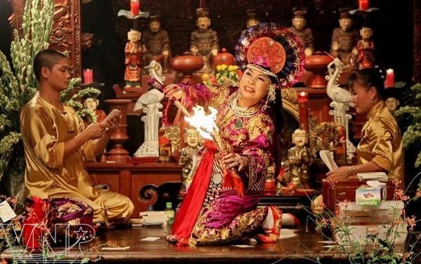 Культ богинь-матерей – особая черта вьетнамской культуры - ảnh 1