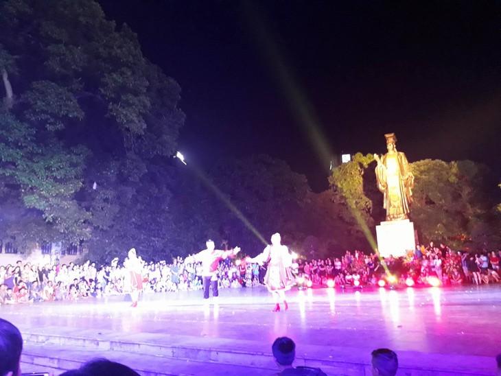 Русские мелодии в центре Ханоя - ảnh 5