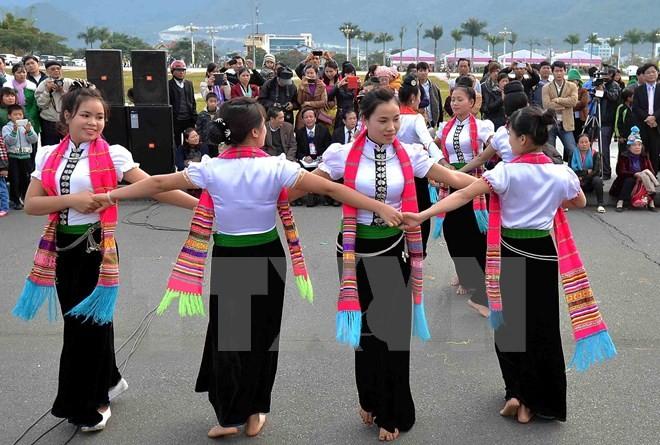 人民艺术家武怀和他对西北民间舞蹈艺术的痴迷 - ảnh 2