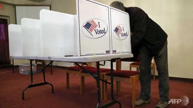 美国总统选举:希拉里与特朗普在初选中再次告捷 - ảnh 1