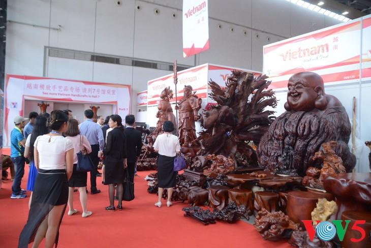 东博会:越南产品深受欢迎 - ảnh 6