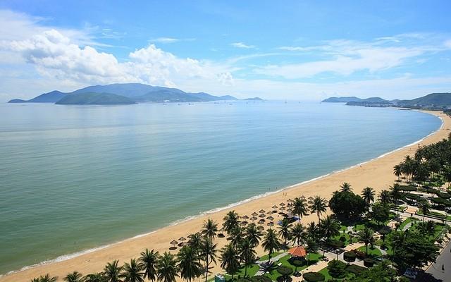 庆和省向亚太经合组织系列会议代表展现当地文化魅力 - ảnh 1