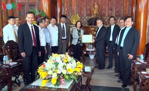 越南党和国家保障公民的宗教信仰自由权 - ảnh 1