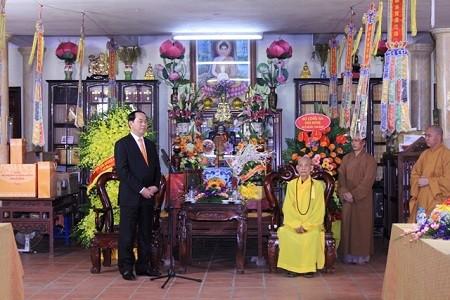 越南一向重视宗教信仰自由并为真正的宗教活动创造条件 - ảnh 1