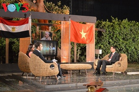 越南在埃及宣传胡志明主席形象 - ảnh 1