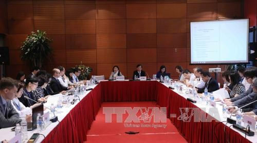 APEC第二次高官会及系列会议继续在河内举行 - ảnh 1