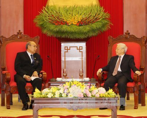 阮富仲会见缅甸联邦议会议长兼民族院议长曼温凯丹 - ảnh 1