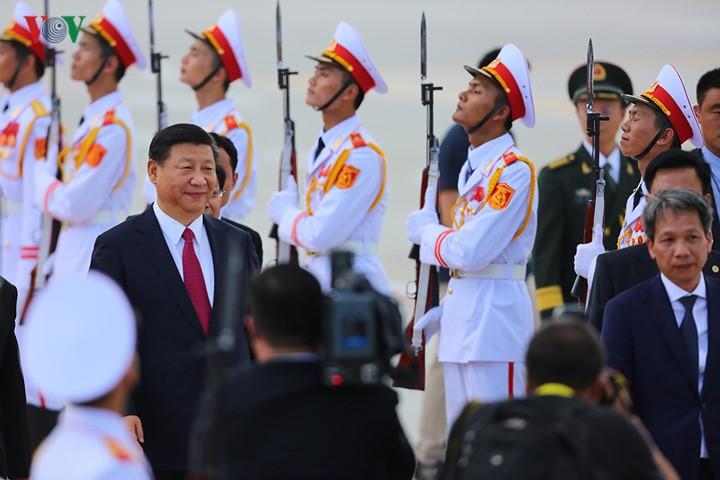 中共中央总书记、国家主席习近平开始对越南进行国事访问 - ảnh 1