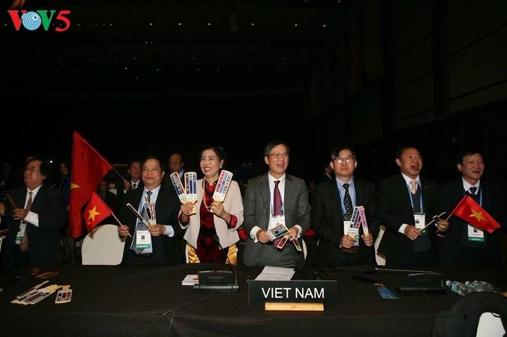 越南发牌唱曲艺术被列入人类非物质文化遗产代表作名录 - ảnh 1