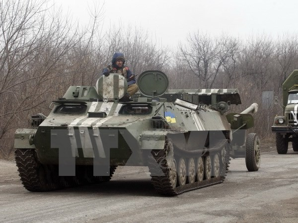 Russia criticizes Ukraine for hiding information on heavy weapons withdrawal  - ảnh 1