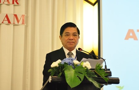 Binh Duong promotes investment with Thailand and Japan - ảnh 1
