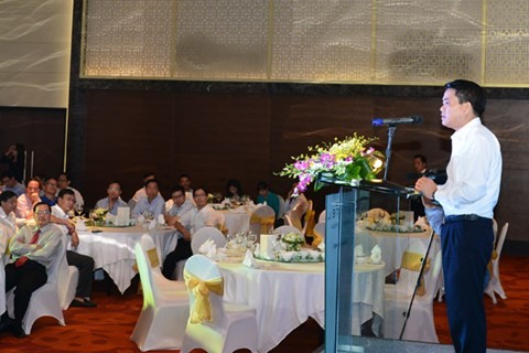 Hanoi honors contributions by Vietnam's representative offices abroad - ảnh 1