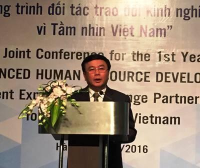 Policy research on senior human resource development in Vietnam - ảnh 1