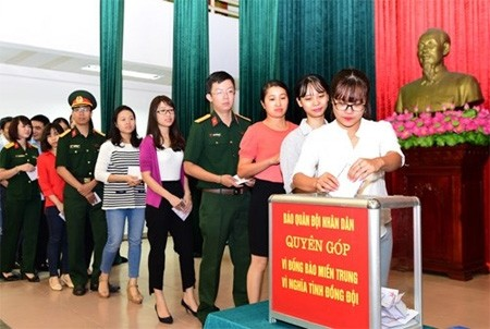 More aid for flood victims in central region - ảnh 1