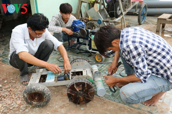 Nguyen Hoang Nam and inventions for farmers - ảnh 1