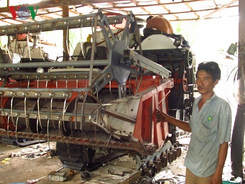 Farmer Nguyen Quoc Viet becomes well-off thanks to agriculture start-up - ảnh 1