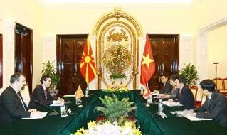 Chủ tịch nước Trương Tấn Sang tiếp Bộ trưởng Ngoại giao Macedonia  - ảnh 1