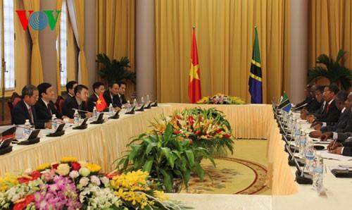 Tổng thống Tanzania kết thúc tốt đẹp chuyến thăm Việt Nam  - ảnh 1
