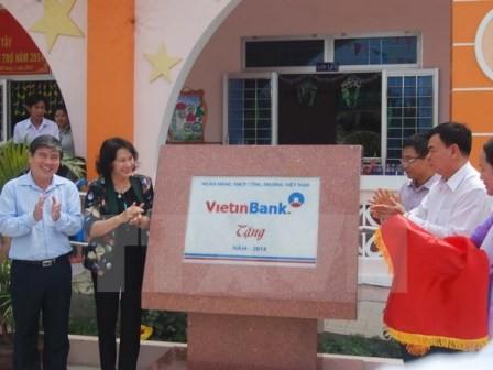 VietinBank tài trợ hơn 137 tỷ đồng xây dựng công trình phúc lợi xã hội cho tỉnh Bến Tre  - ảnh 1
