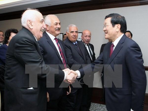 Chủ tịch nước Trương Tấn Sang kết thúc tốt đẹp chuyến thăm chính thức Azerbaijan - ảnh 1