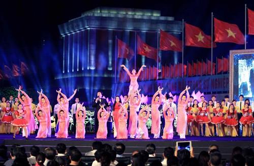 Các hoạt động văn hóa, văn nghệ, triển lãm nhân kỷ niệm 125 năm ngày sinh Chủ tịch Hồ Chí Minh - ảnh 2