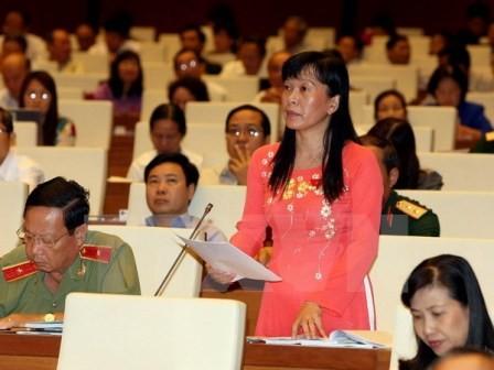 Quốc hội thảo luận dự án Luật an toàn vệ sinh lao động - ảnh 1
