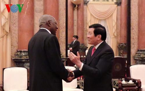 Lãnh đạo cấp cao Đảng, Nhà nước Việt Nam tiếp Đoàn đại biểu cấp cao Đảng Cộng sản Cuba - ảnh 2
