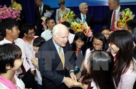 Đoàn Thượng Nghị sĩ Hoa Kỳ giao lưu với sinh viên Thành phố Hồ Chí Minh - ảnh 1