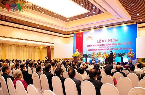 Điện mừng nhân kỷ niệm 70 năm thành lập ngành Ngoại giao Việt Nam  - ảnh 1