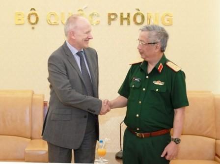 Bộ trưởng Quốc phòng Việt Nam sẵn sàng tham gia Đối thoại Shangri - La 2016 - ảnh 1