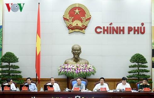 Thủ tướng Nguyễn Xuân Phúc chỉ đạo quyết liệt hoàn thành mục tiêu kinh tế xã hội  - ảnh 1